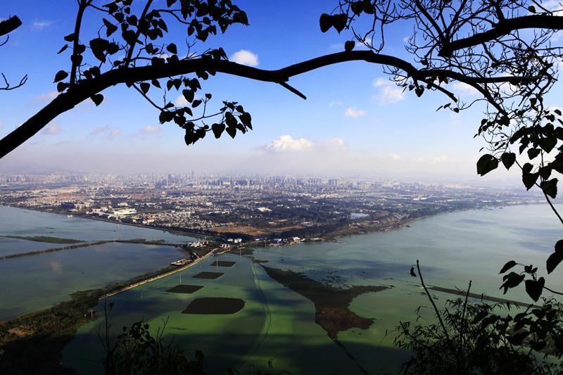 Dianchi Lake Scenic Area,Kunming