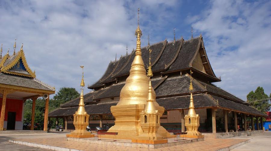 Jingzhen Octagonal Pavilion in Menghai County, Xishuangbanna