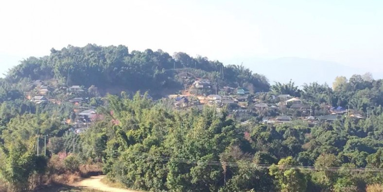 2 Days Xishuangbanna Ethnic Villages Hiking Tour from Bada to Zhanglang