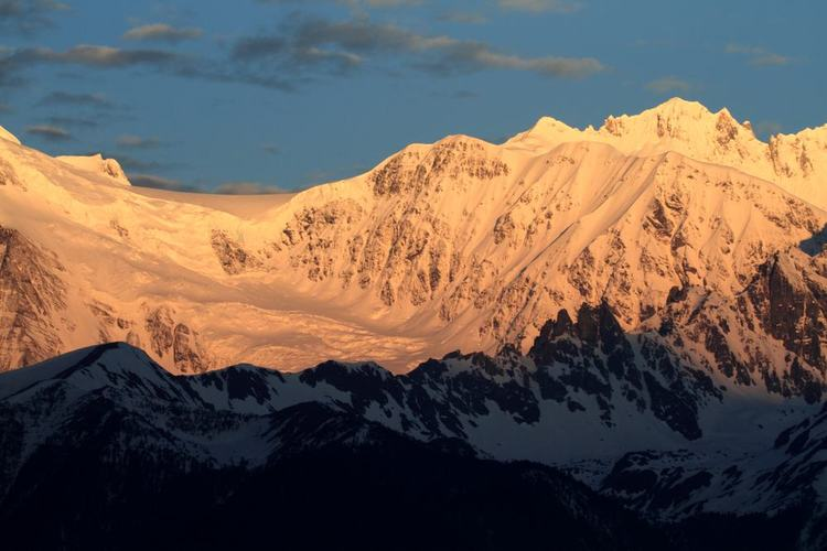 Mabing Zhala Wangdui Peak of Meili Snow Mountain