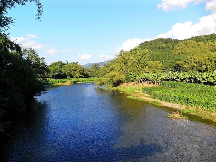 Nanla River in Mengla County, XishuangBanna