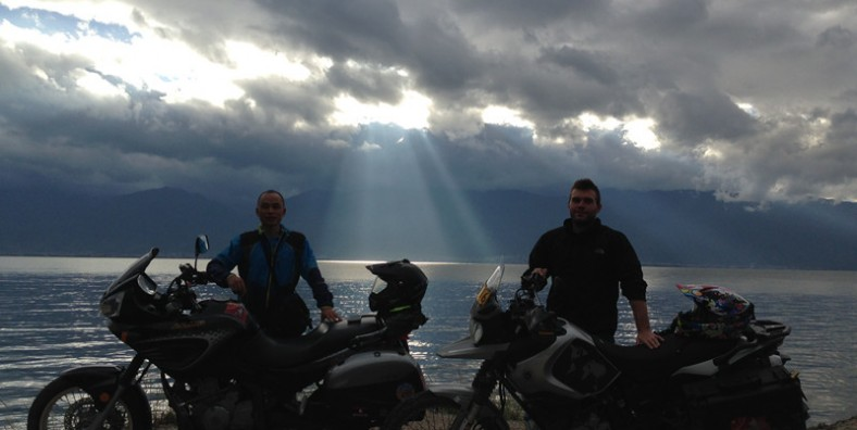 10 Days Yunnan Motorbike Tour from Mohan Border to Ruili Border