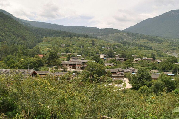 Longwangbian Village in Haba Snow Mountain, Shangrila