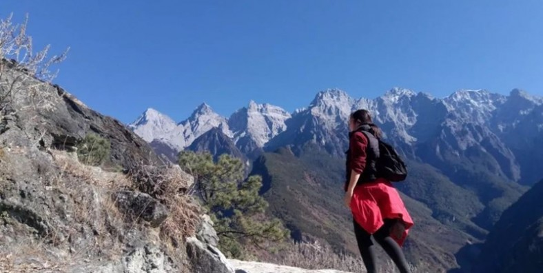 2 Days Tiger Leaping Gorge Hiking Small Group Tour (Public Bus)
