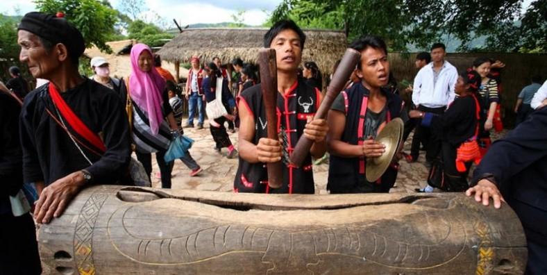 4 Days Cangyuan Wa Ethnic Minority Discovery Tour
