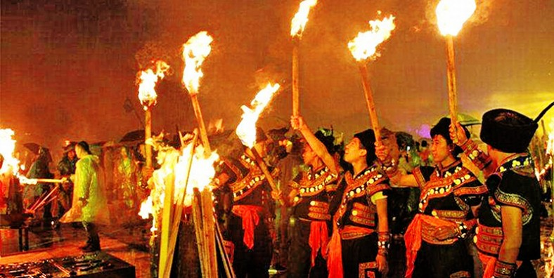 5 Days Kunming City Tour and Shilin Torch Festival Celebration