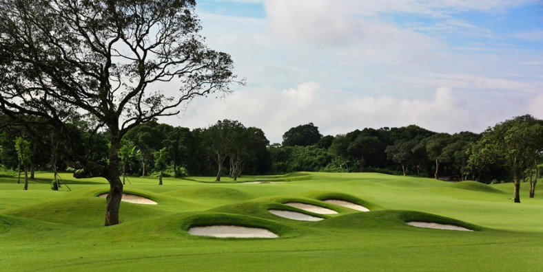 1 Day Honghe Huquan Golf Tour with Huquan Hot Spring and Spa