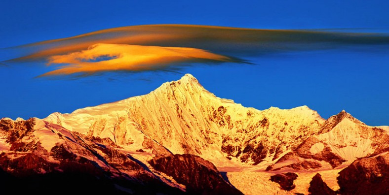 15 Days Yunnan-Tibet Mount Everest Tours from Kunming to Lhasa by Flight