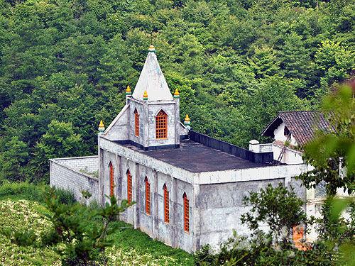 Badong Catholic Church in Deqin County, Diqing