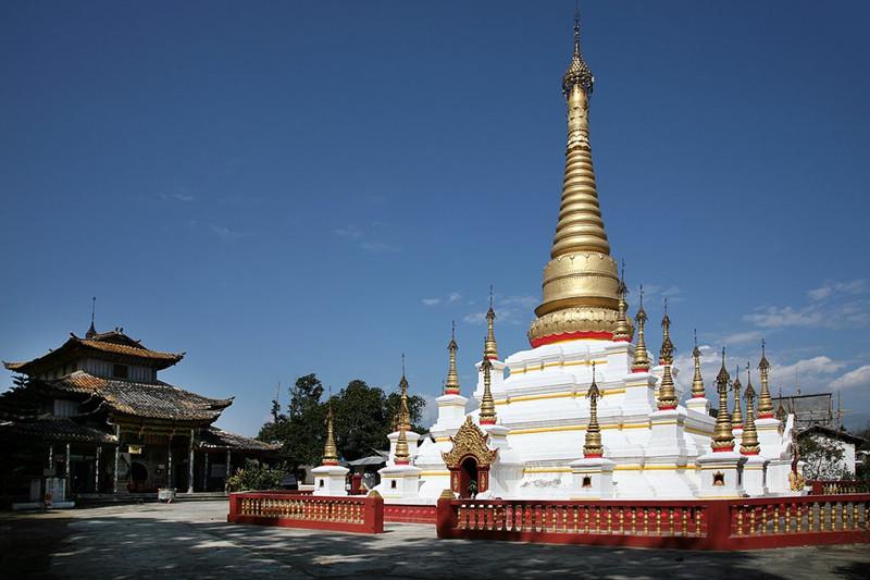 Fengping Buddhist Pagoda in Mangshi City, Dehong