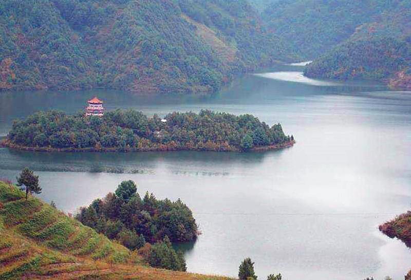 Manghai Reservior in Yongde County, Lincang