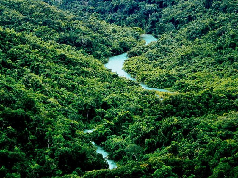 Nangunhe River in Lincang