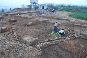 The Ancient Tombs of Jinlianshan and Xueshan Mountains in Chengjiang County, Yuxi