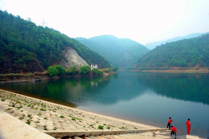 Dashitou Reservior in Songming County, Kunming-04