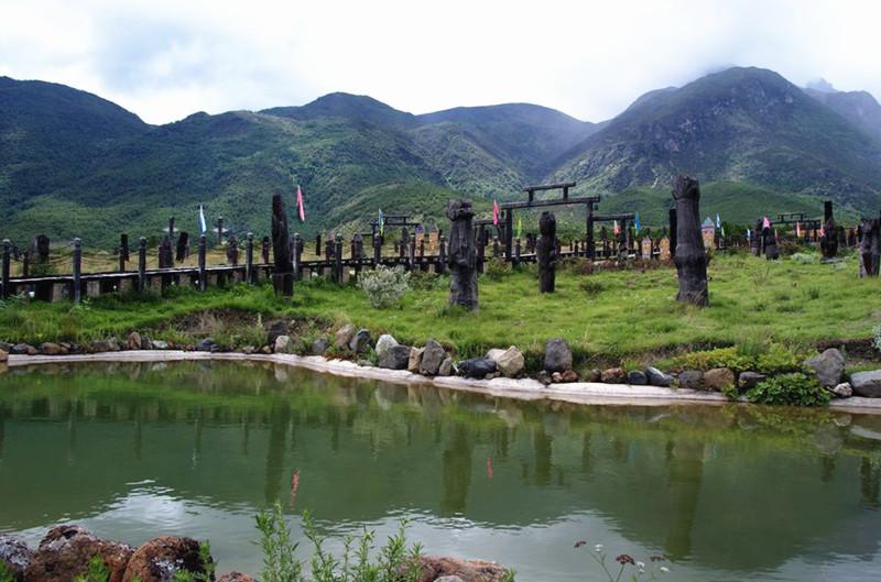 Dongba Gods Garden in Lijiang-08