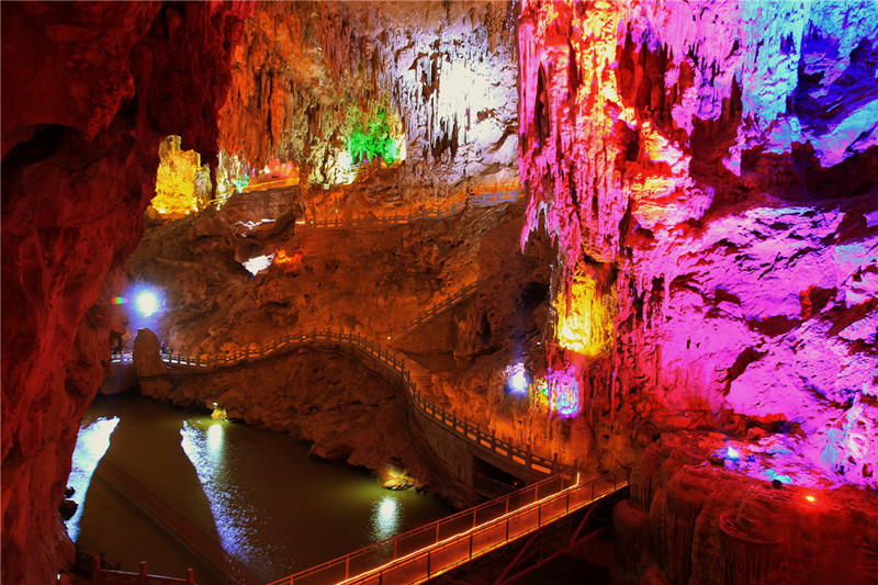 Jianshui Swallow Cave in Honghe
