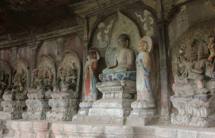Shizhong (Stone Bell) Temple in Jianchuan County, Dali-03