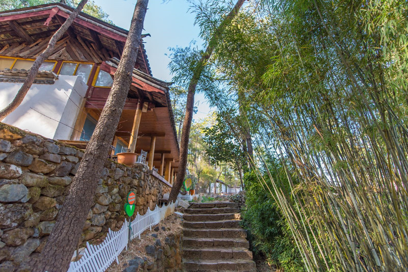 Sister Lake in Yulong County, Lijiang-02