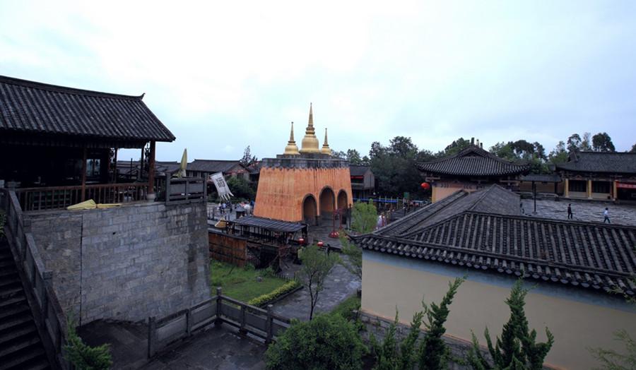 Tianlongbabu Film Studio in Dali-04
