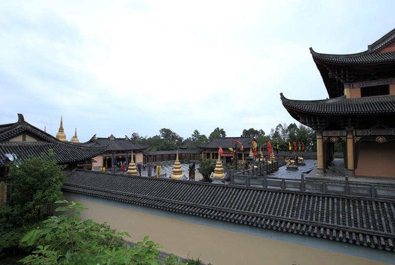 Tianlongbabu Film Studio in Dali-06