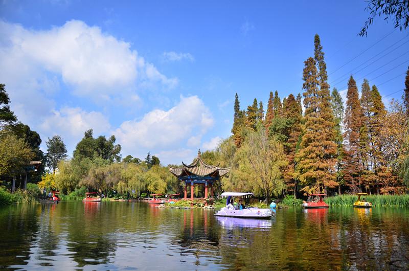 Xihua Park in Kunming-05
