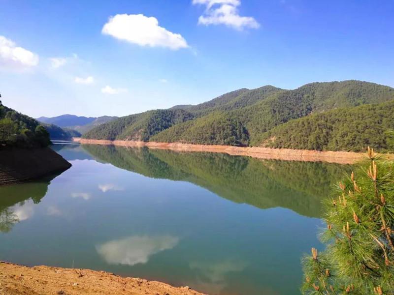 Yangping Reservior in Yongsheng County, Lijiang