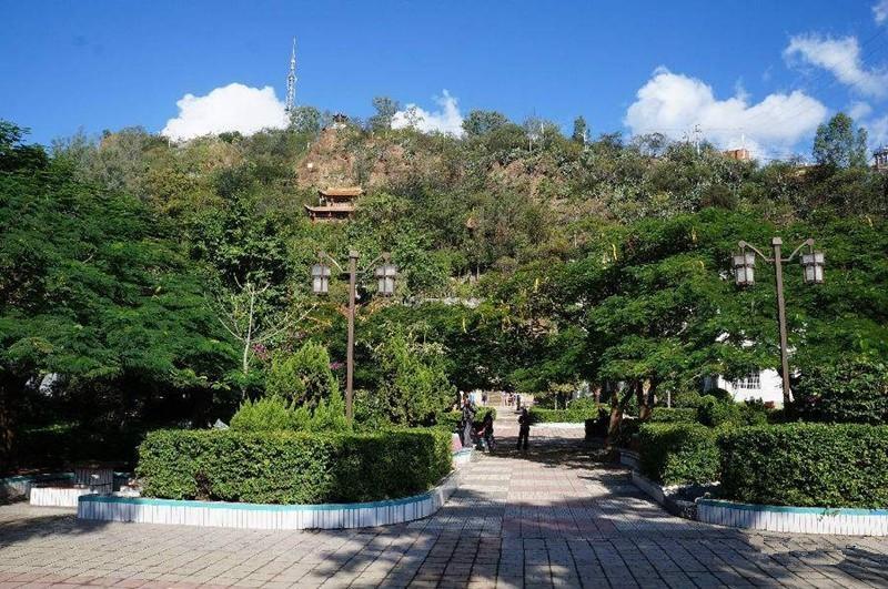 Yanyue Park in Nanjian County, Dali-03