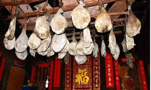 Nuodeng Ham in Dali, the Intangible Cultural Heritage-01