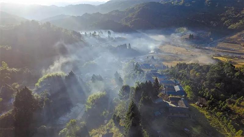 Mengga River in Yingjiang County, Dehong