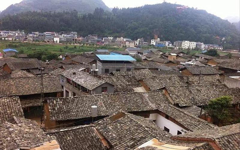 Mingjiu Village of Mingjiu Town in Mengzi City, Honghe Prefecture