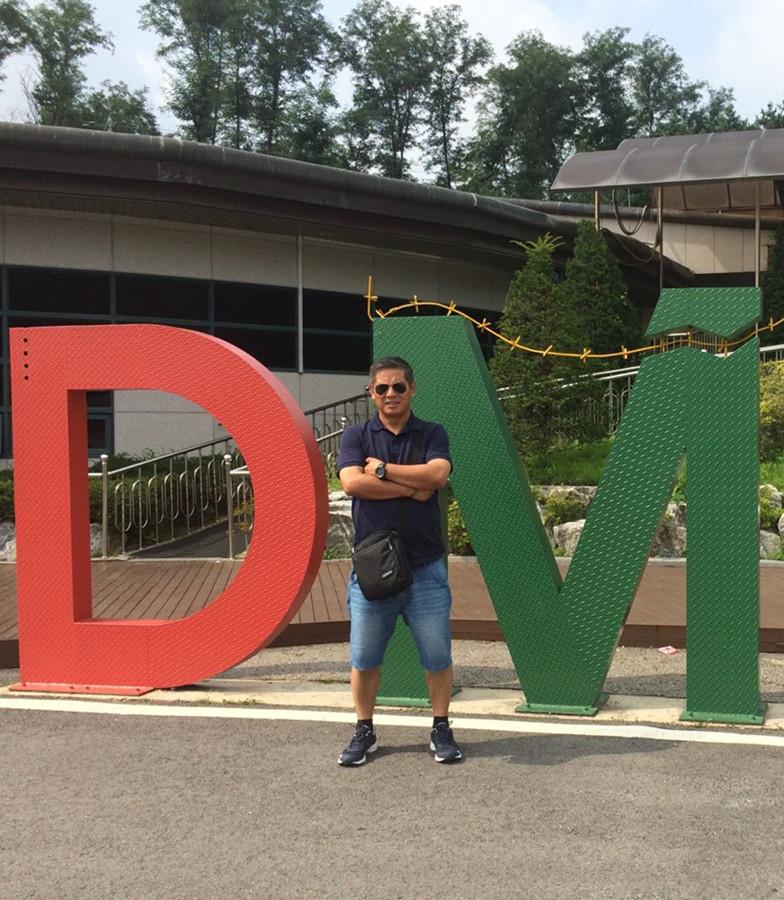 Top Yang-English-speaking Tour Leader in Kunming Yunnan