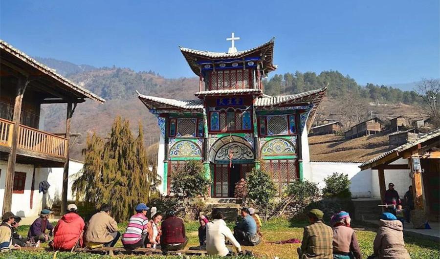 Dimaluo Village in Bingzhongluo, Nujiang