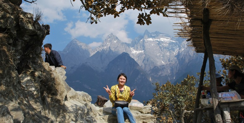 2 Days Tiger Leaping Gorge Hiking Tour from Dongpo Village to Middle Gorge