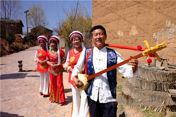 Pleasant singing of Bai people in Jianchuan county of Dali