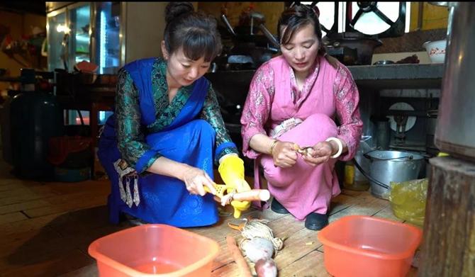 making a copper hot pot