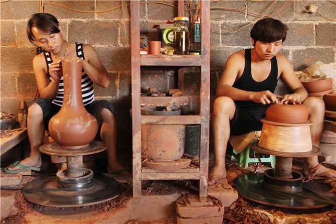 purple pottery in Jianshui, Honghe