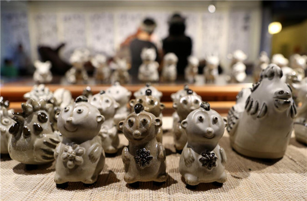 Pottery Exhibits in Kunming, Yunnan