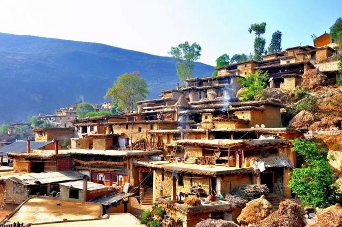 The Tuzhang House of Yi in Yunnan