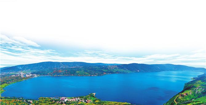 Yangzong Lake in Kunming