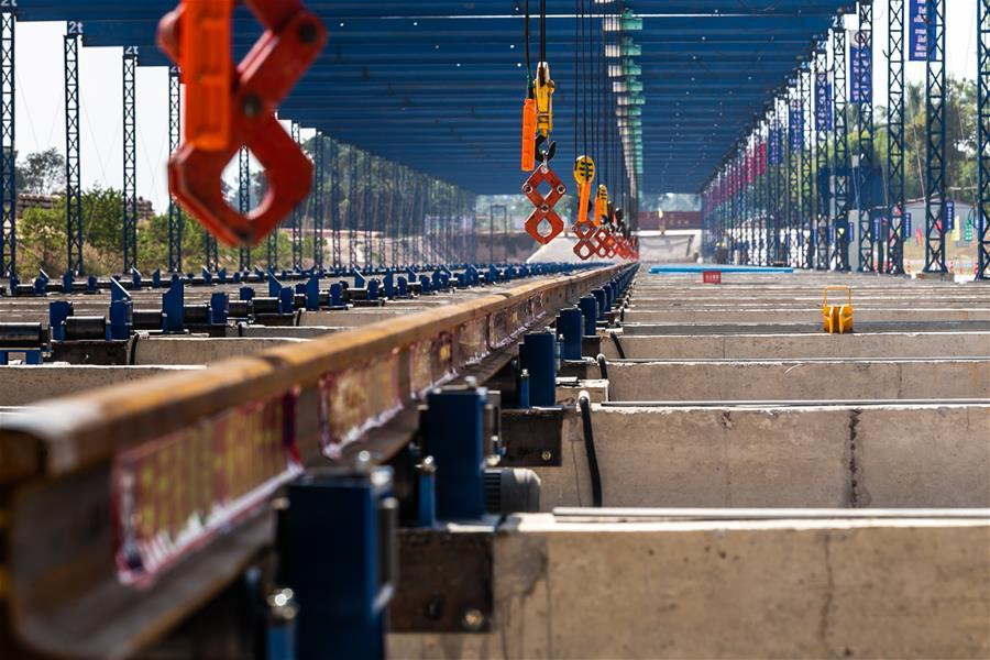 China-Laos railway rail-welding yard put into operation