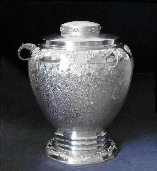 Tinware in Gejiu of Honghe, Yunnan