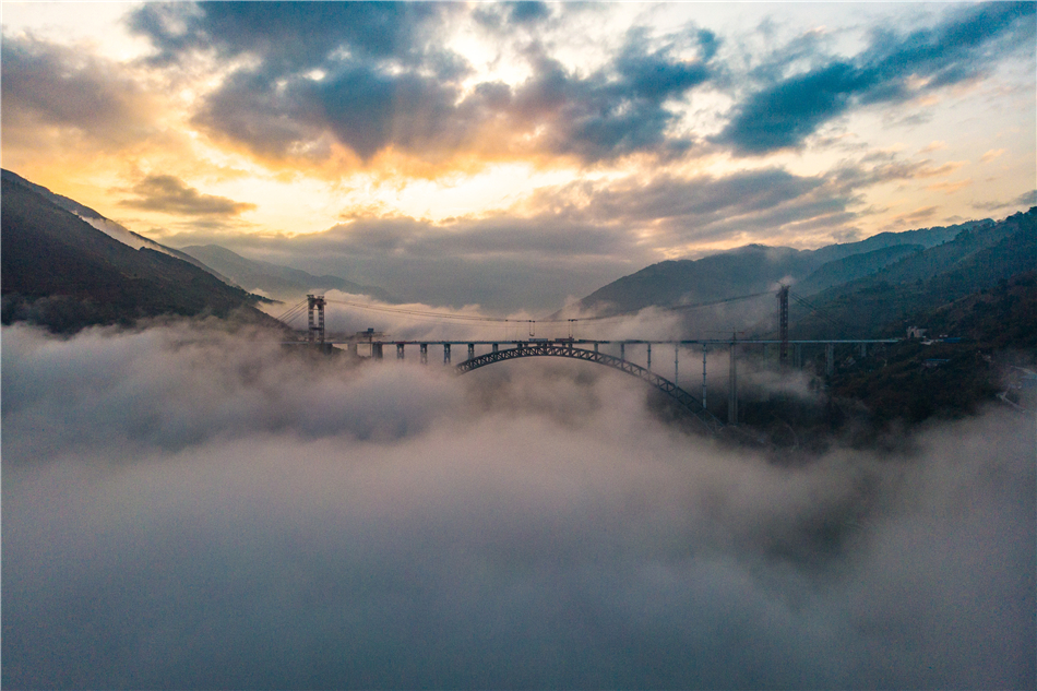 The construction site of Nujiang Arch Bridge of Dali-Ruili Railway in Yunnan Province