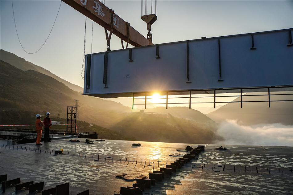 The construction site ofNujiang Arch Bridge of Dali-Ruili Railway in Yunnan Province