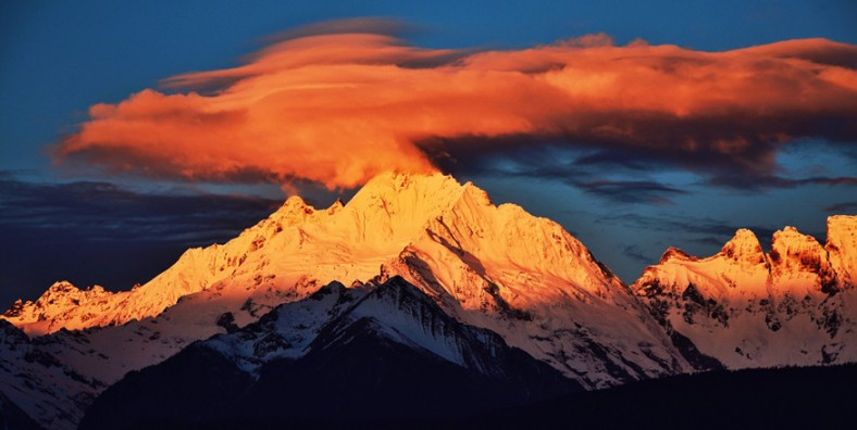 15 Days Yunnan-Tibet Overland Adventure Tour from Lhasa to Kunming