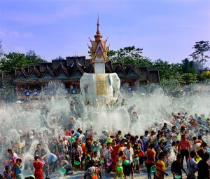 The Water Splashing Festival of Dai Ethnic Minority in Xishuangbanna