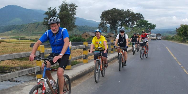20 Days China-Thailand Cycling Tour from Kunming to Bangkok