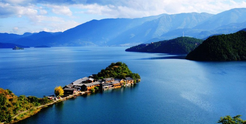 6 Days Lijiang Wonders Discovery Tour with Lugu Lake and Tiger Leaping Gorge