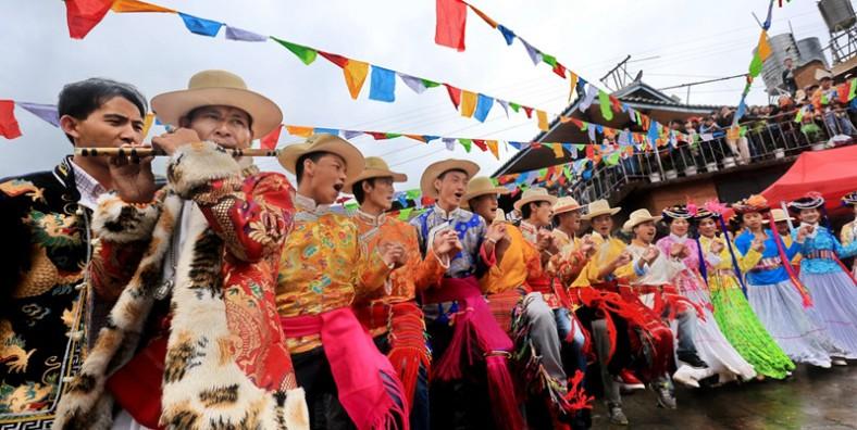 8 Days Lijiang Tour and Gemu Mountain Goddess Festival Tour At Lugu Lake